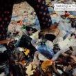 Ghanese muzikanten stellen plastic afval aan de kaak (video)