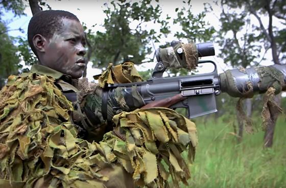 Zimbabwaanse vrouwen tegen olifantenstropers