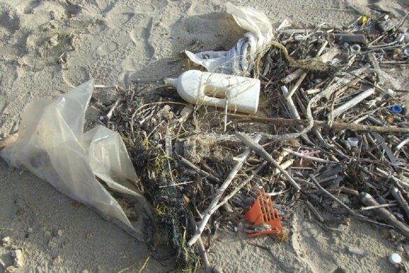 5500 kilo afval uit de Noordzee gevist