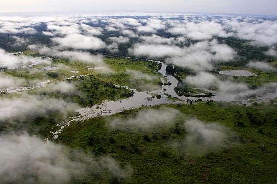 Garamba National Park - luchtfoto - dierenbeschermers