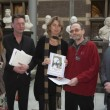 Kamerleden ontvangen petitie tegen zwanendriften