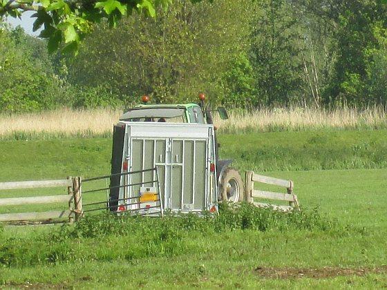 Tractor met vangkar