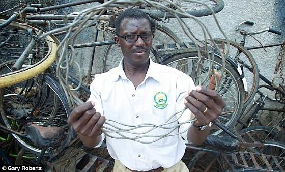 William Mwakilema met strop